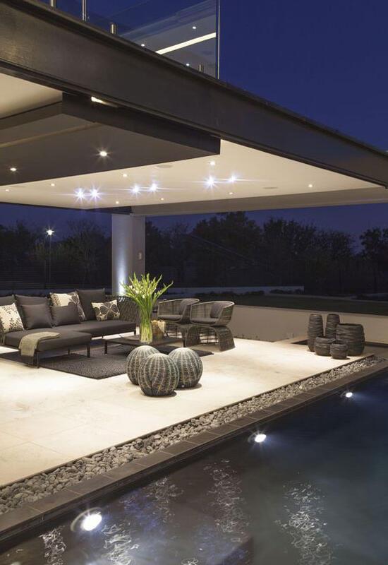 Comment éclairer une terrasse couverte ?