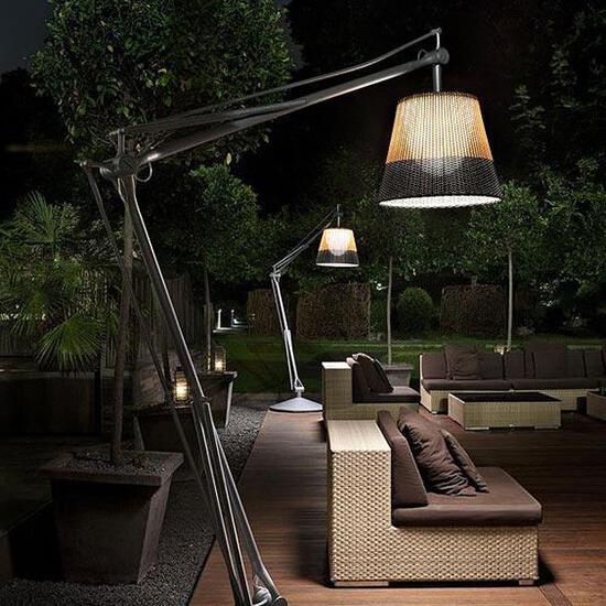 Comment éclairer une terrasse en bois ?