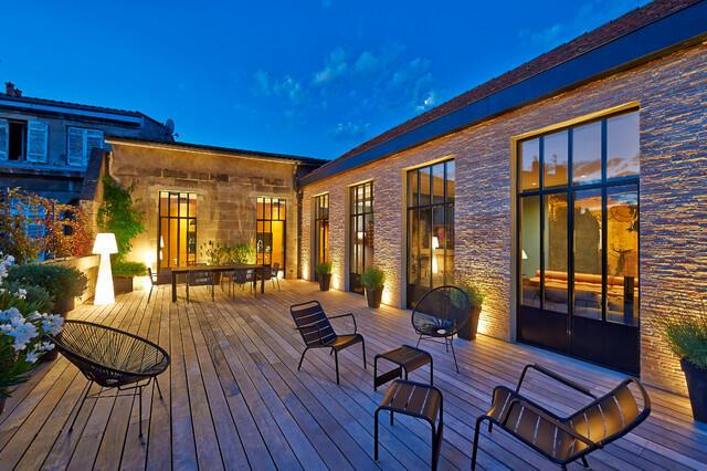 Quel éclairage pour terrasse bois ?