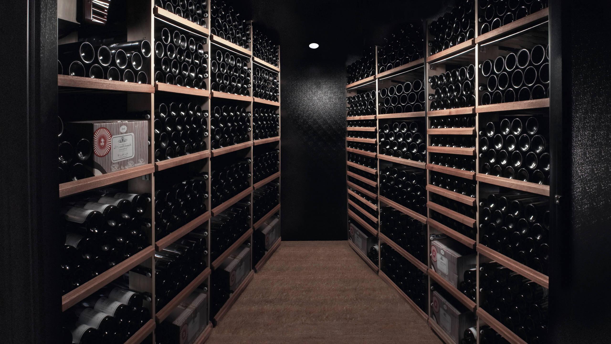 Quelle couleur pour une cave à vin ?