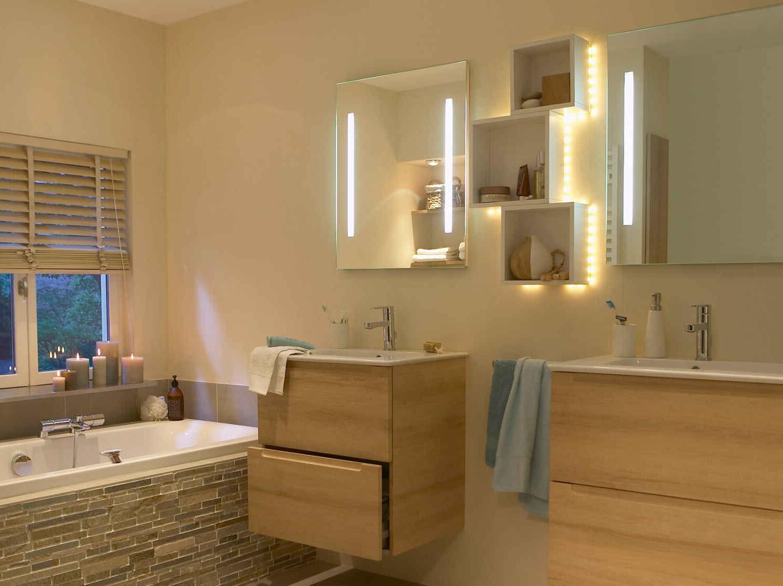 Quelle taille pour un miroir de salle de bain ?