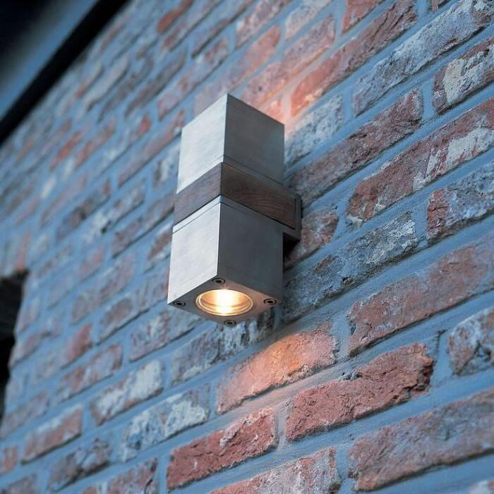 Quelle lumière pour l'extérieur ?